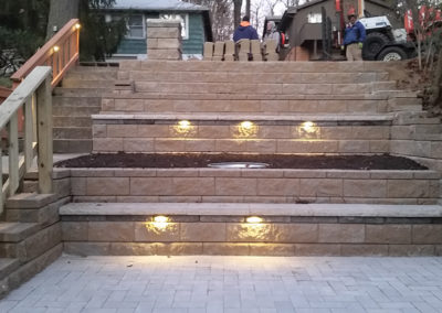 Retaining Wall Tiered Concrete Block with Lighting